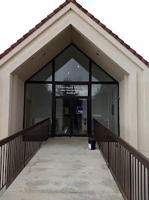 Chiropractic Irwin PA Entrance To Office